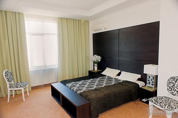 Апартаменты в Аркадии, 1-комнатная (54057), 002