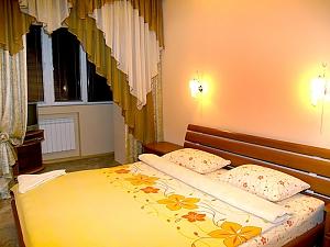 Домашній затишок, 2-кімнатна, 001