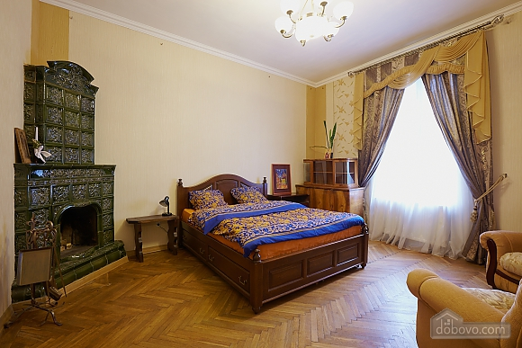 Historical apartment near to swans lake, One Bedroom (70280), 001