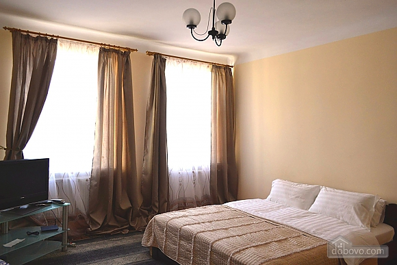 Luxury apartment on Rynok square, Studio (85468), 002