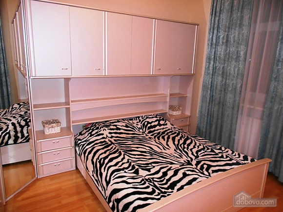 Spacious apartment on Khreschatyk, Two Bedroom (63786), 001