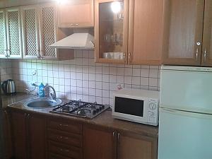 Chertyzh, Dreizimmerwohnung, 002