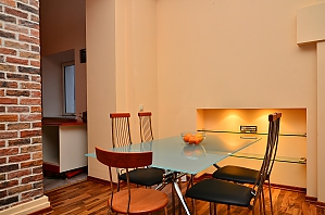 Spacious apartment in the centre near the metro, Tre Camere, 004
