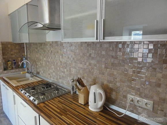 Spacious apartment in the centre near the metro, Tre Camere (14681), 008