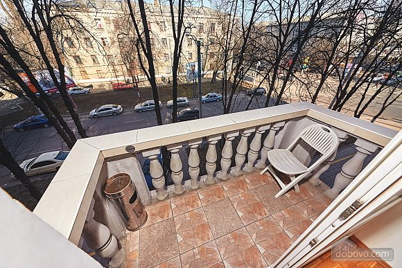Deluxe apartment in Chisinau, Two Bedroom (12306), 005