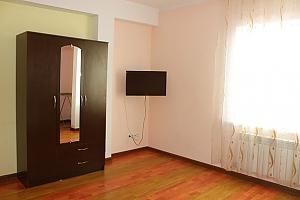 Apartment in Alma-Ata, Studio, 002