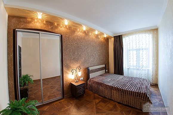 Apartment on Rynok square, Un chambre (62540), 002