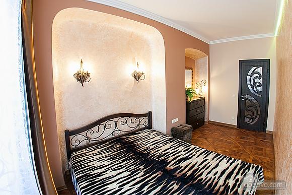 Apartment on Rynok square, Un chambre (62540), 003