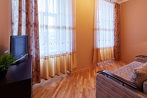 Apartment near Rynok square, Dreizimmerwohnung, 003