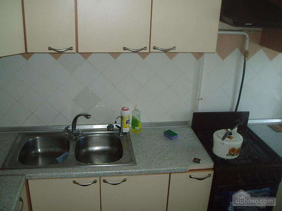 Apartment near the railway station, Un chambre (46766), 002