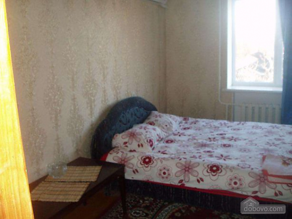 Apartment near the railway station, Un chambre (46766), 001