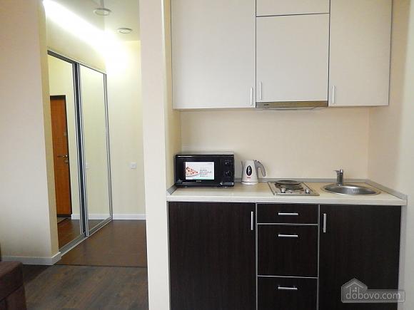 Apartment in the city center, Studio (64755), 002