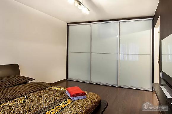Квартира возле метро Политехнический институт, 1-комнатная (42071), 002