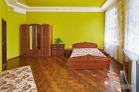 Оригинальные апартаменты, 2х-комнатная (12312), 003