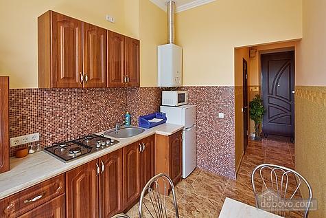 Оригинальные апартаменты, 2х-комнатная (12312), 010