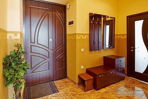 Оригинальные апартаменты, 2х-комнатная (12312), 012
