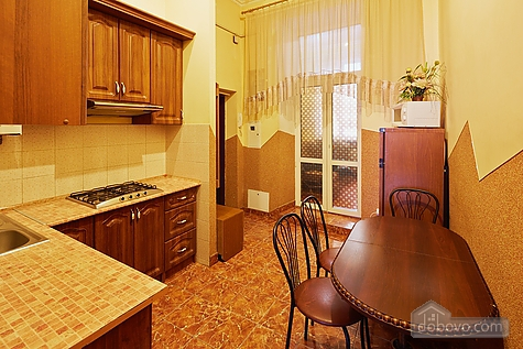 Large apartment near Opera theatre, Due Camere (78031), 015