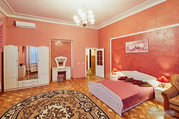 Exclusive apartment, One Bedroom (74640), 010
