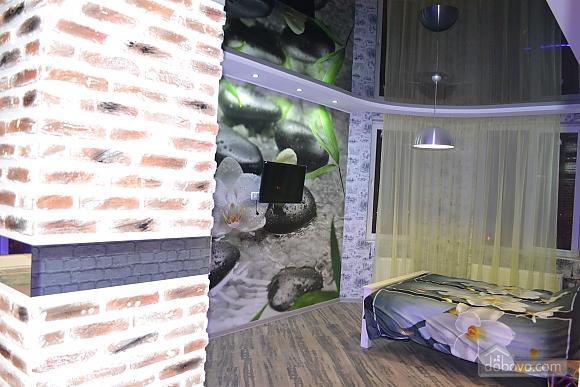 Елітна квартира-студія в новобудові біля метро, 1-кімнатна (29260), 002