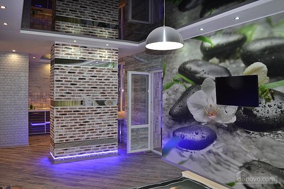 Елітна квартира-студія в новобудові біля метро, 1-кімнатна (29260), 004