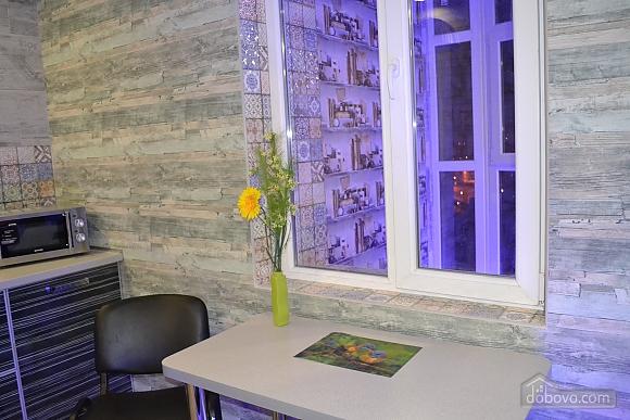 Елітна квартира-студія в новобудові біля метро, 1-кімнатна (29260), 005