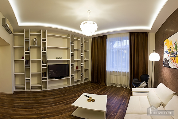 VIP apartment with designer's renovation, Una Camera (67481), 002