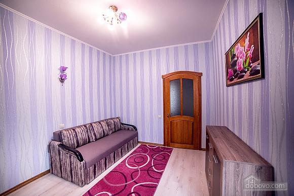 Кватрира возле Оперного театра, 2х-комнатная (93772), 009