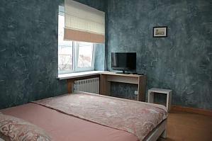 Apartment with Wi-Fi near Plosha Povstannya station, Una Camera, 001