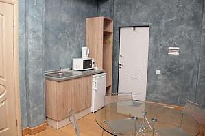 Apartment with Wi-Fi near Plosha Povstannya station, Una Camera, 004