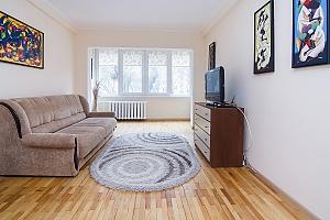 Просторные апартаменты в центре Киева, 2х-комнатная, 003