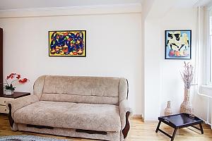 Просторные апартаменты в центре Киева, 2х-комнатная, 004