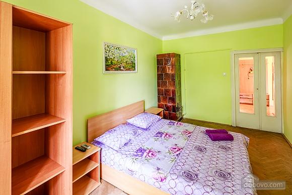 Apartment in the center near Rynok square, Studio (20754), 002