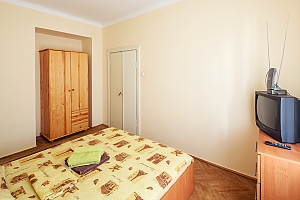 Cheap apartment near Opera, One Bedroom, 002