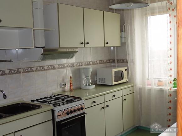 Затишна квартира, 3-кімнатна (22799), 012