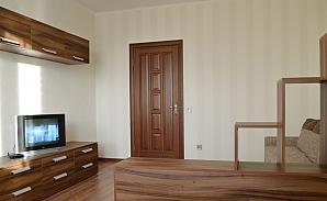 Квартира рядом с метро Оболонь, 1-комнатная, 003