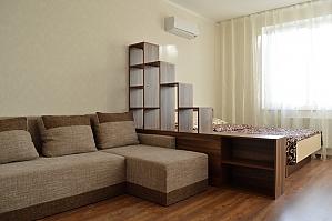 Квартира рядом с метро Оболонь, 1-комнатная, 002