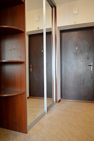 Квартира рядом с метро Оболонь, 1-комнатная, 008