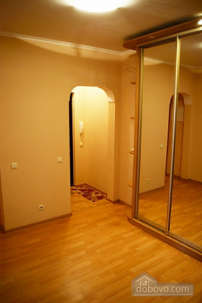 Cozy modern apartment near to Heroiv Dnipra station, Deux chambres (92436), 008