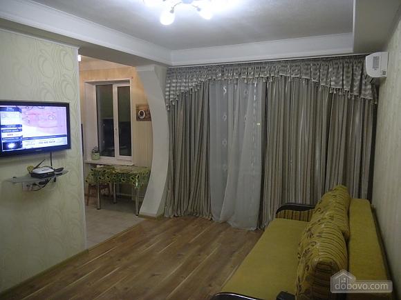 Apartment on Pechersk, One Bedroom (77067), 002