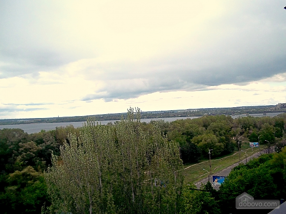Apartment with renovation and overlooking the Dnieper River, Studio (41796), 012