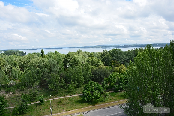 Apartment with renovation and overlooking the Dnieper River, Studio (41796), 015