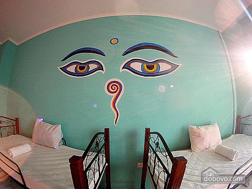 Место в 8-ми местном номере в хостеле, 1-комнатная (37647), 001
