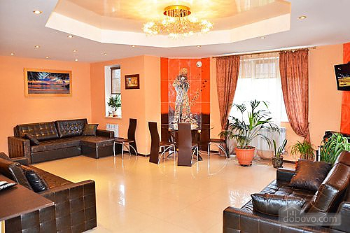 Luxury house in Kiev on the bank of the gulf of Desna, Fünfzimmerwohnung (42233), 001