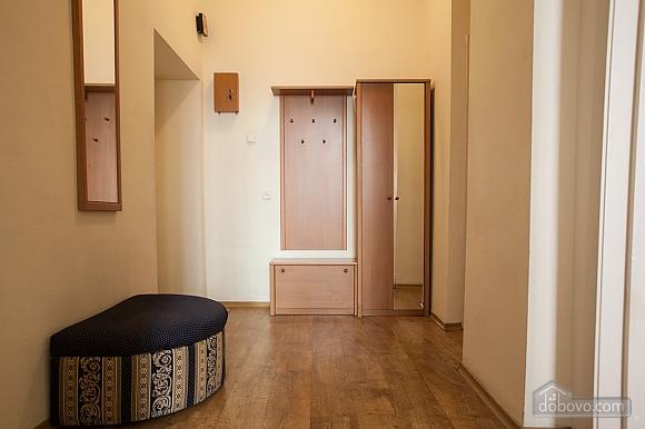 Apartment on Sofiivska square, Studio (37808), 005