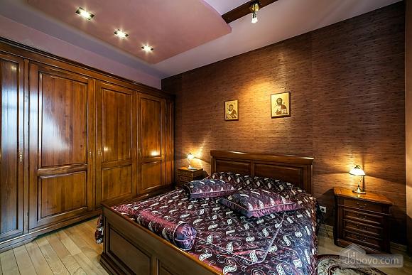 Квартира близько Шевченківського Гаю, 2-кімнатна (66128), 002