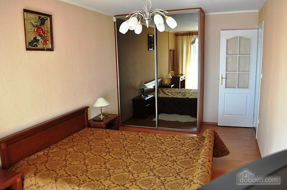 Apartment with separate bedrooms, Two Bedroom (96257), 001