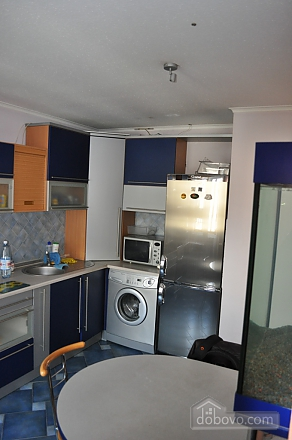 Apartment with separate bedrooms, Two Bedroom (96257), 003