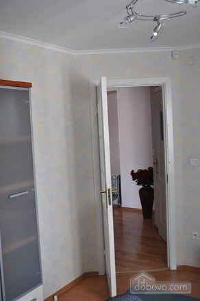 Apartment with separate bedrooms, Two Bedroom (96257), 013