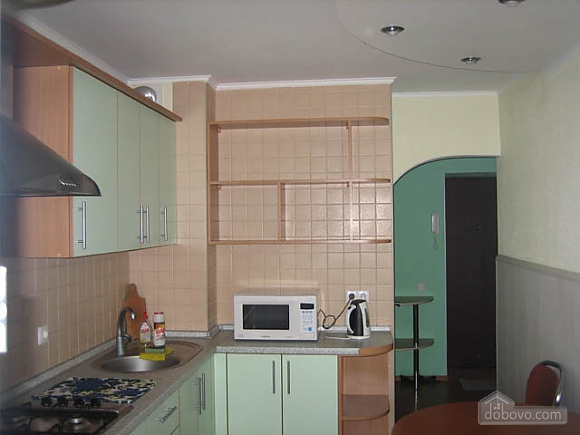 Apartment in Solomyanskiy disctrict, Monolocale (34707), 003