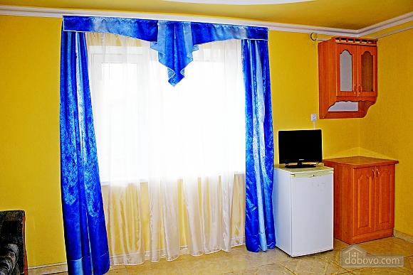 Евродворик, 1-комнатная (24145), 002